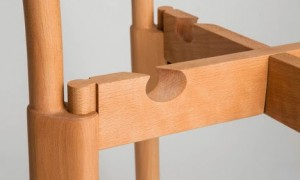 Peg-Chair-by-Paul-Loebach_dezeen_468_3